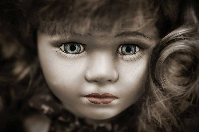 Haunted-Dolls